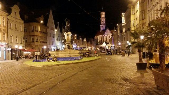 01._Augsburg-Innensstat_bei_Nacht